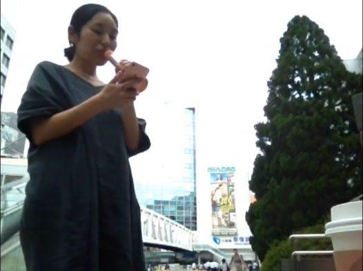 あいみょん『君はロックを聴かない』@新宿駅前